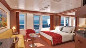 Carnival-cruise-line-Carnival-Conquest-Glory-Valor-Liberty-Freedom-schip-cruiseschip-categorie OS-Ocean-Suite