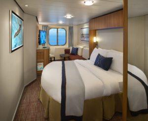Celebrity-Cruises-Celebrity-Eclipse-Equinox-Reflection-Silhouette-Solstice-Categorie-7-8-Buitenhut