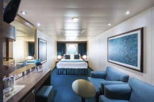 MSC-Cruises-MSC-Fantasia-schip-cruiseschip-categorie-O1-O2-buitenhut-beperkt-zicht