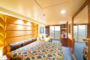 MSC-Cruises-MSC-Fantasia-schip-cruiseschip-categorie YC1-YCP-Yacht-CLub-Grand-Deluxe-Suite