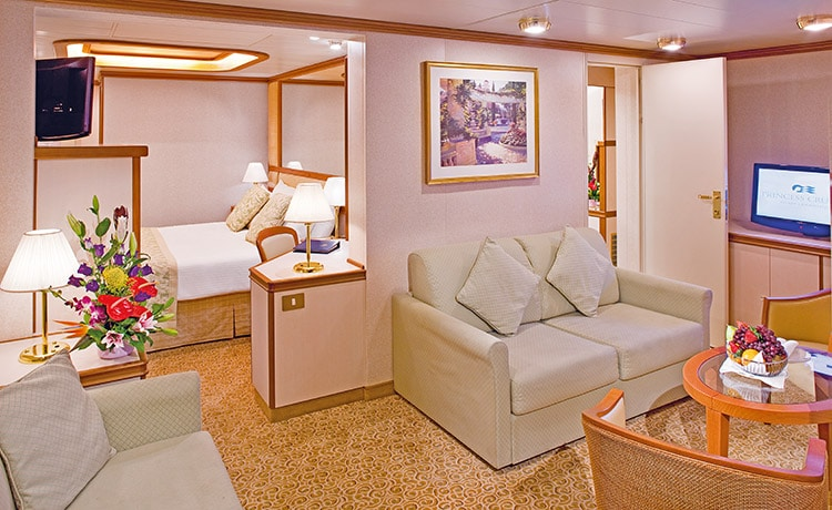 Princess-cruises-Crown-princess-schip-cruiseschip-categorie S8-familie suite met balkon