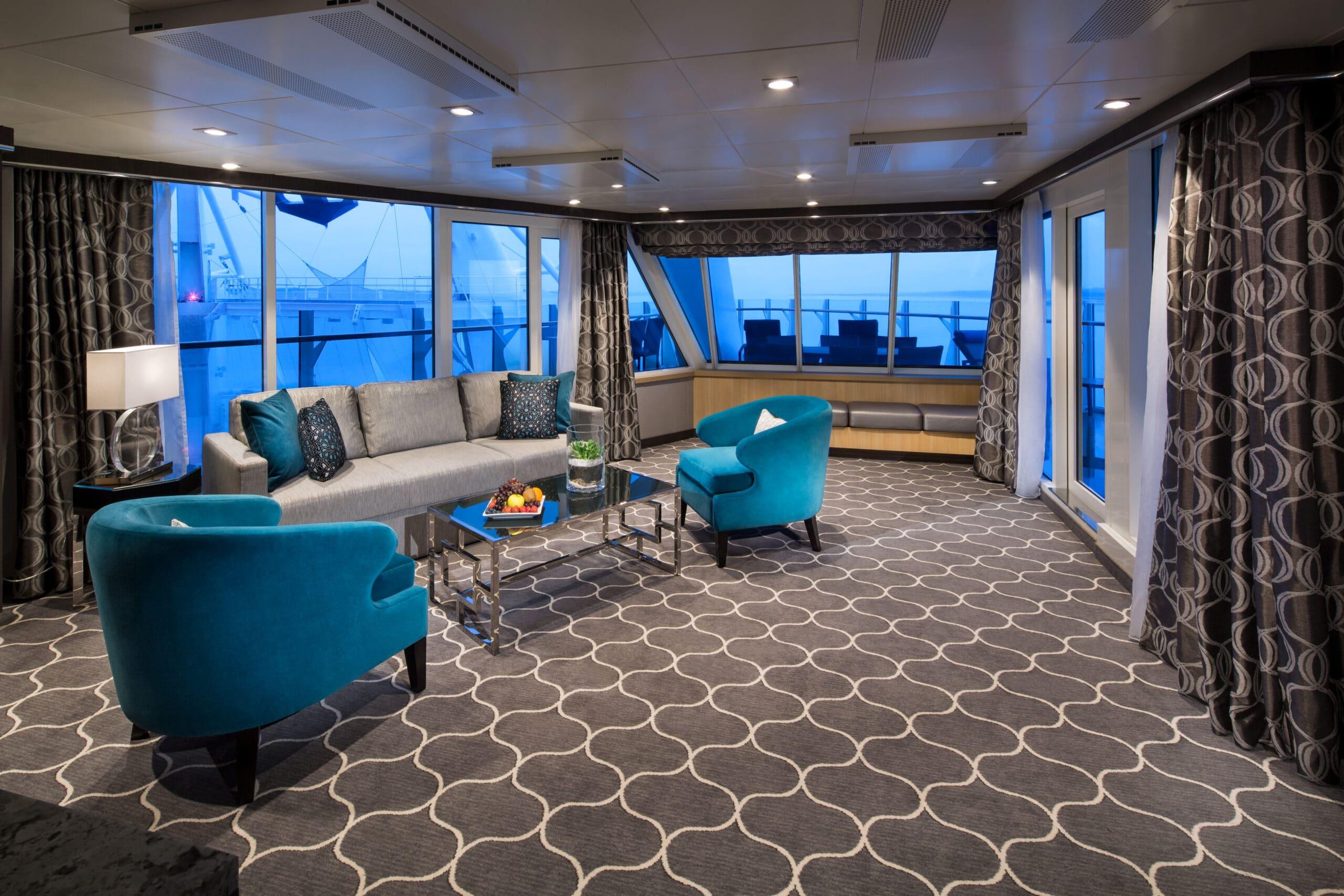 Royal-Caribbean-International-Harmony-of-the-Seas-Symphony-of-the-seas-schip-cruiseschip-categorie A1-Ruime-Aqua-theather-met 2 slaapkamers