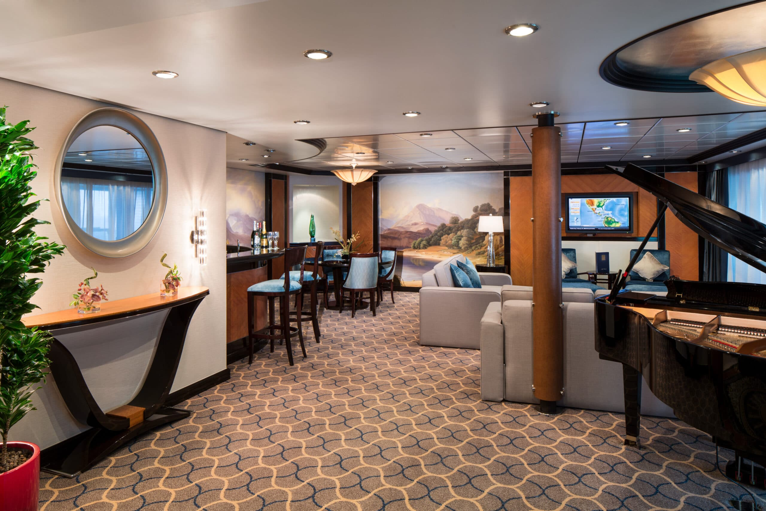 Royal-Caribbean-International-Freedom-of-the-Seas-Liberty-of-the Seas-Independence-of-the-seas-schip-cruiseschip-categorie RS-Royal Suite