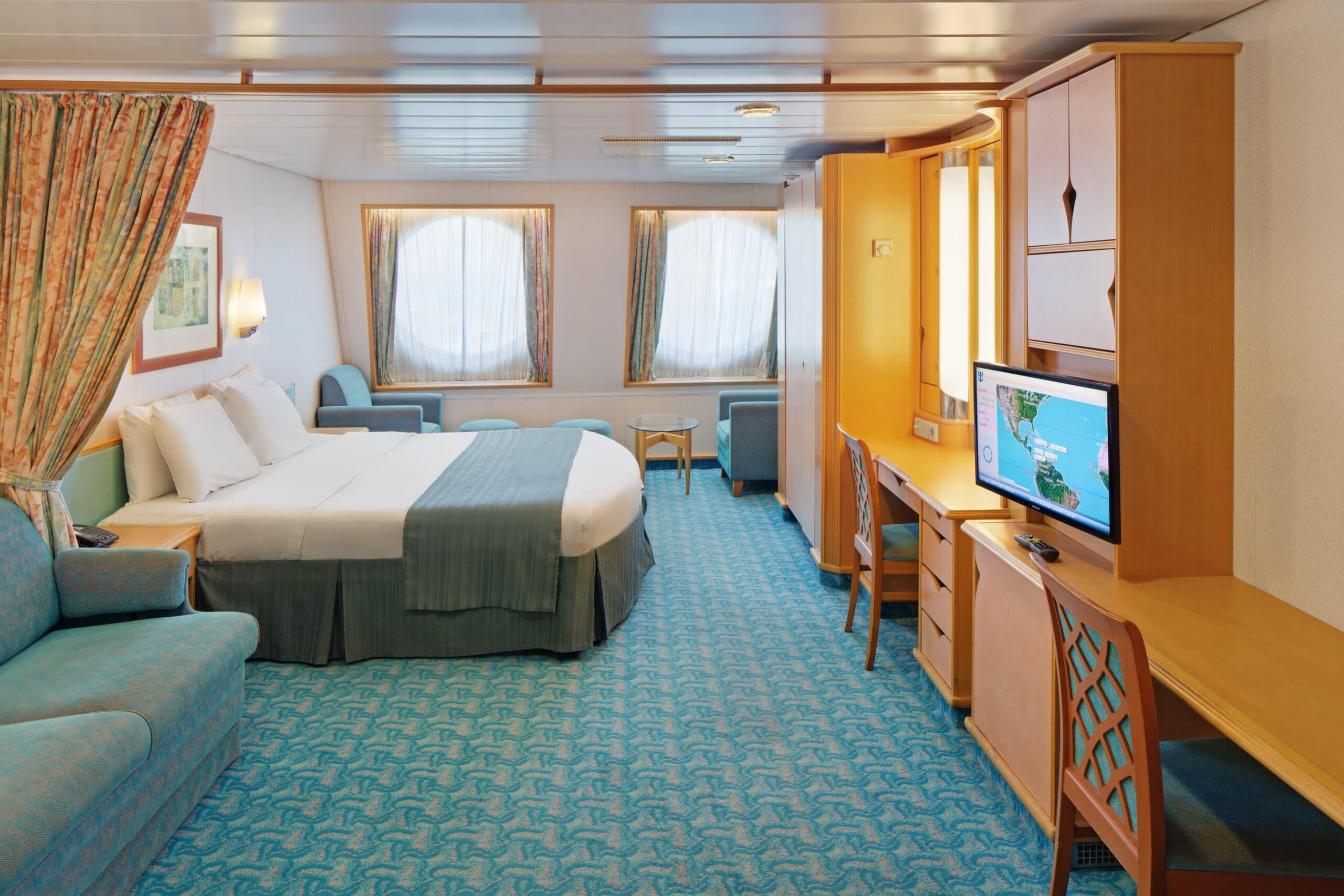 Royal-Caribbean-International-Adventure-of-the-Seas-schip-cruiseschip-categorie-1K-Ultra-grote-buitenhut