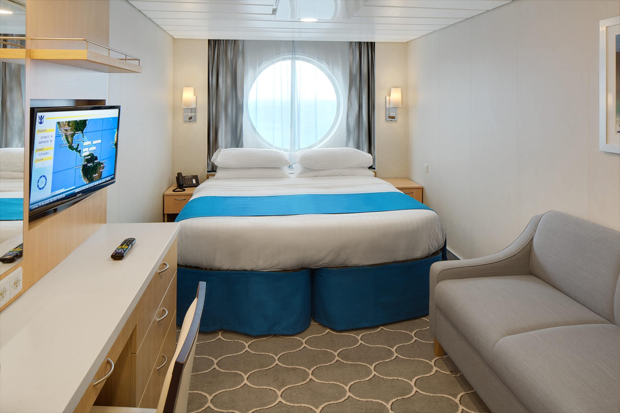 Royal-Caribbean-International-Adventure-of-the-Seas-schip-cruiseschip-categorie-1N-2N-3N-8N-buitenhut