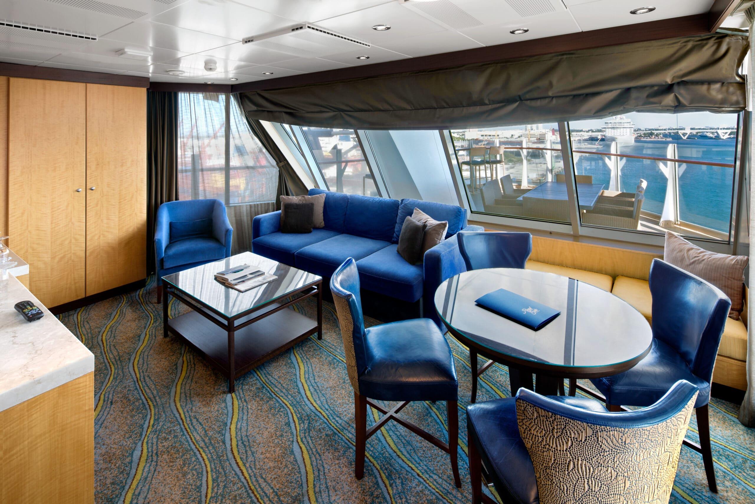 Royal-Caribbean-International-Allure-of-the-Seas-Oasis-of-the-seas-schip-cruiseschip-categorie-A2-Aqua-theather-met-2-slaapkamers-