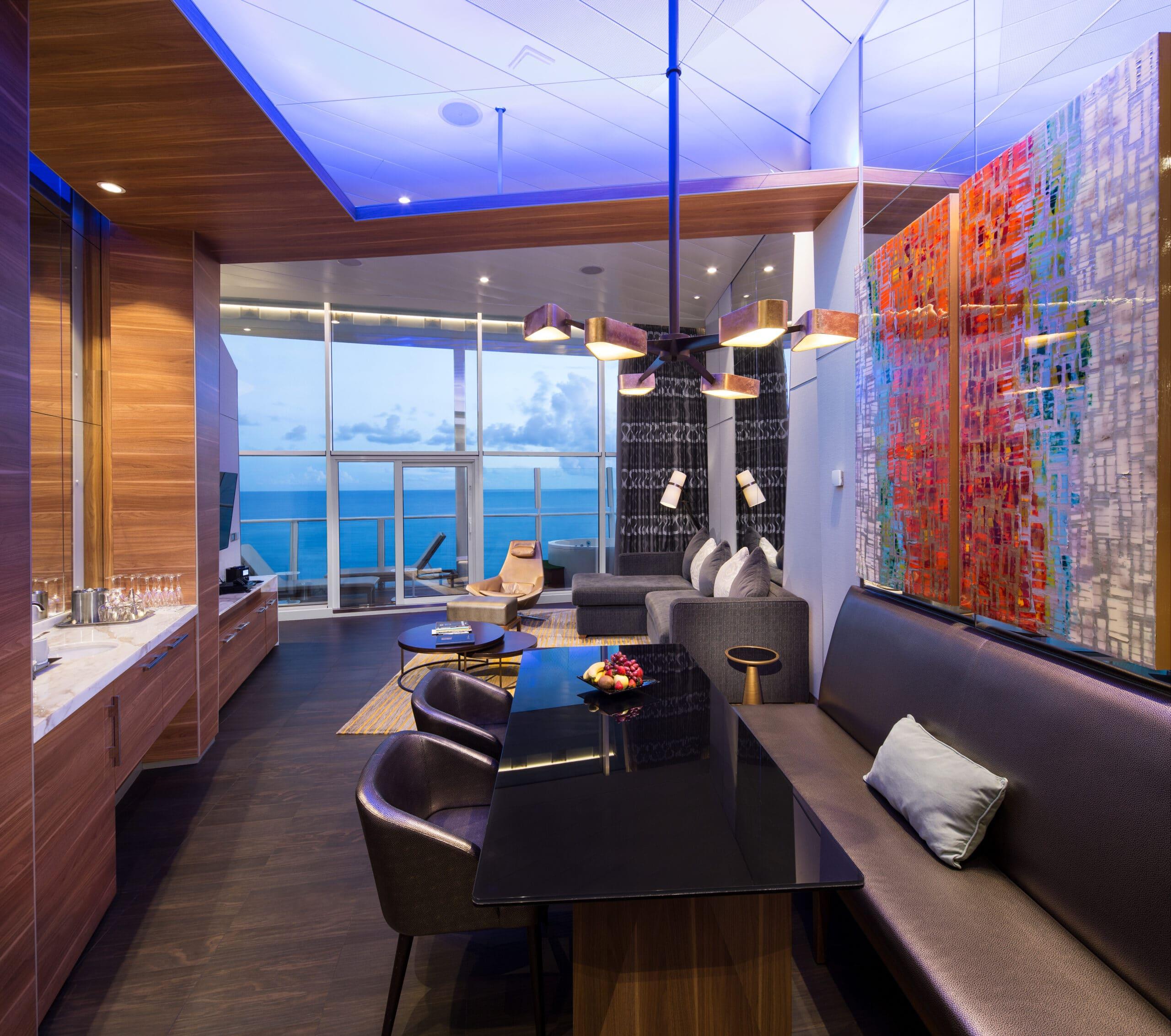 Royal-Caribbean-International-Allure-of-the-Seas-Oasis-of-the-seas-schip-cruiseschip-categorie-GP-Grand-Panoramic-Suite