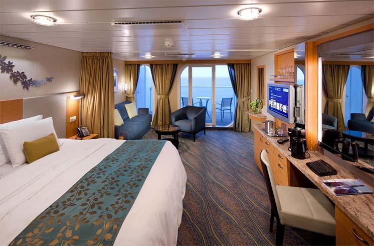 Royal-Caribbean-International-Allure-of-the-Seas-Oasis-of-the-seas-schip-cruiseschip-categorie J3-J4-Junior Suite