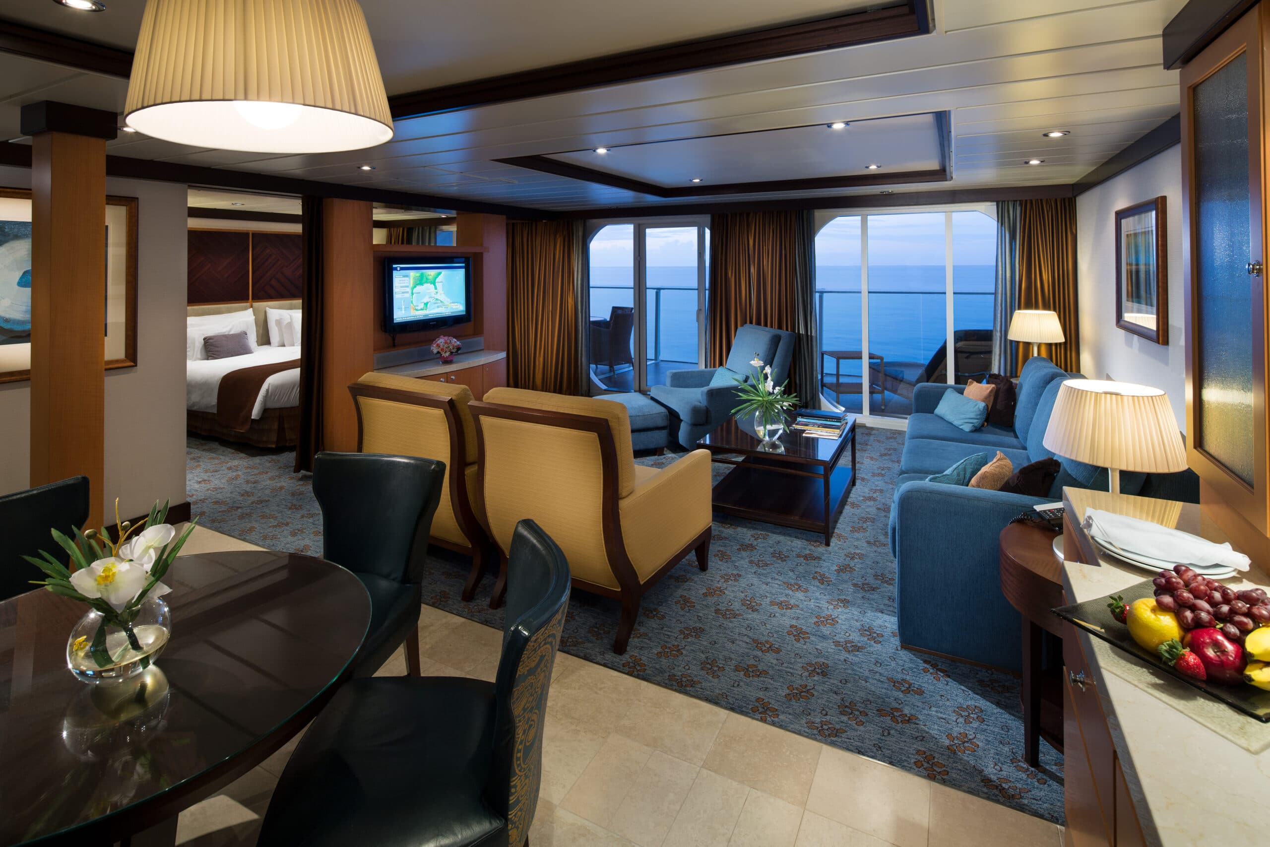 Royal-Caribbean-International-Allure-of-the-Seas-Oasis-of-the-seas-schip-cruiseschip-categorie-OS-Owner-Suite