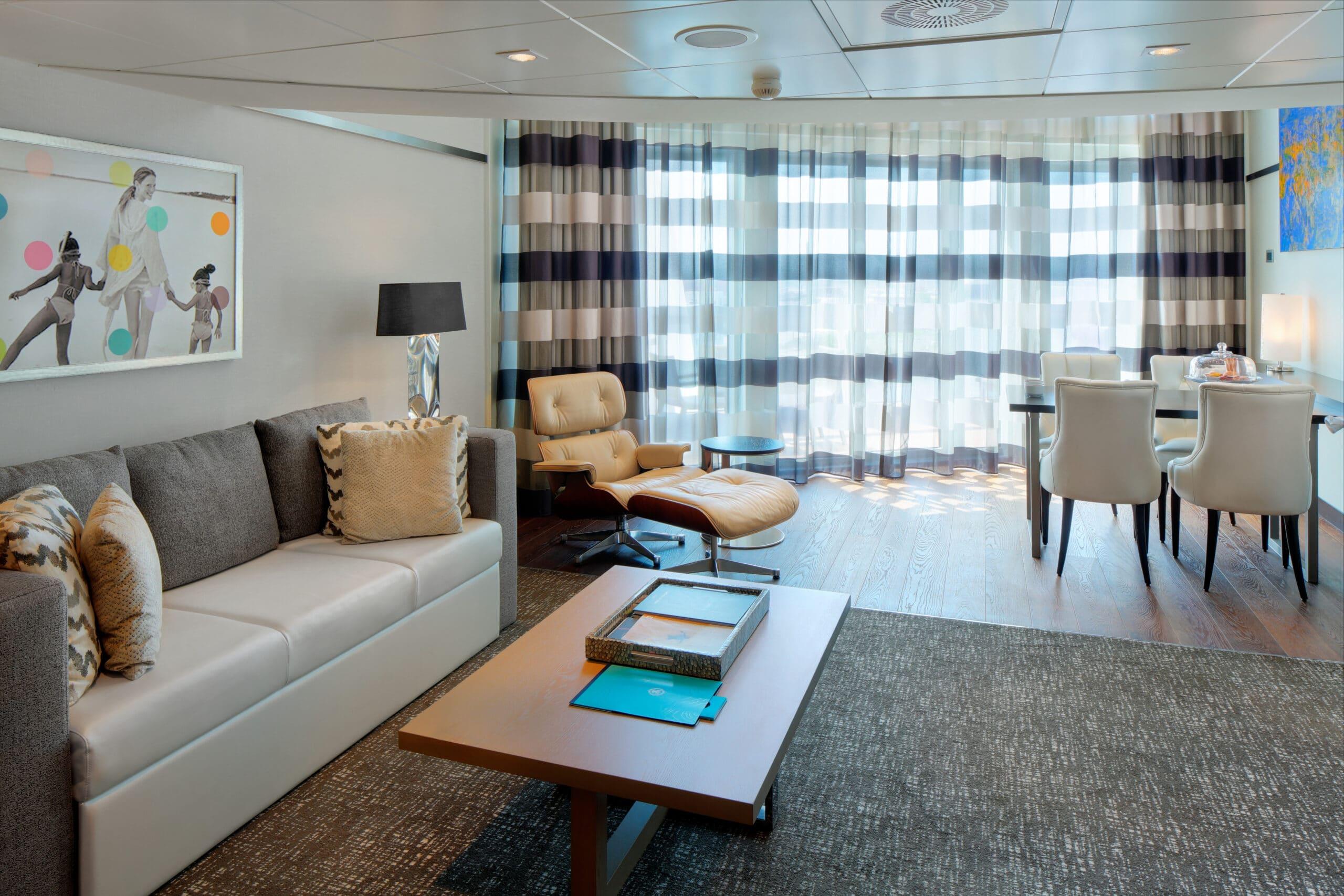 Royal-Caribbean-International-Anthem-Quantum-Ovation-Oddysey-of-the-seas-schip-cruiseschip-categorie-OL-Owner-Loft-Suite