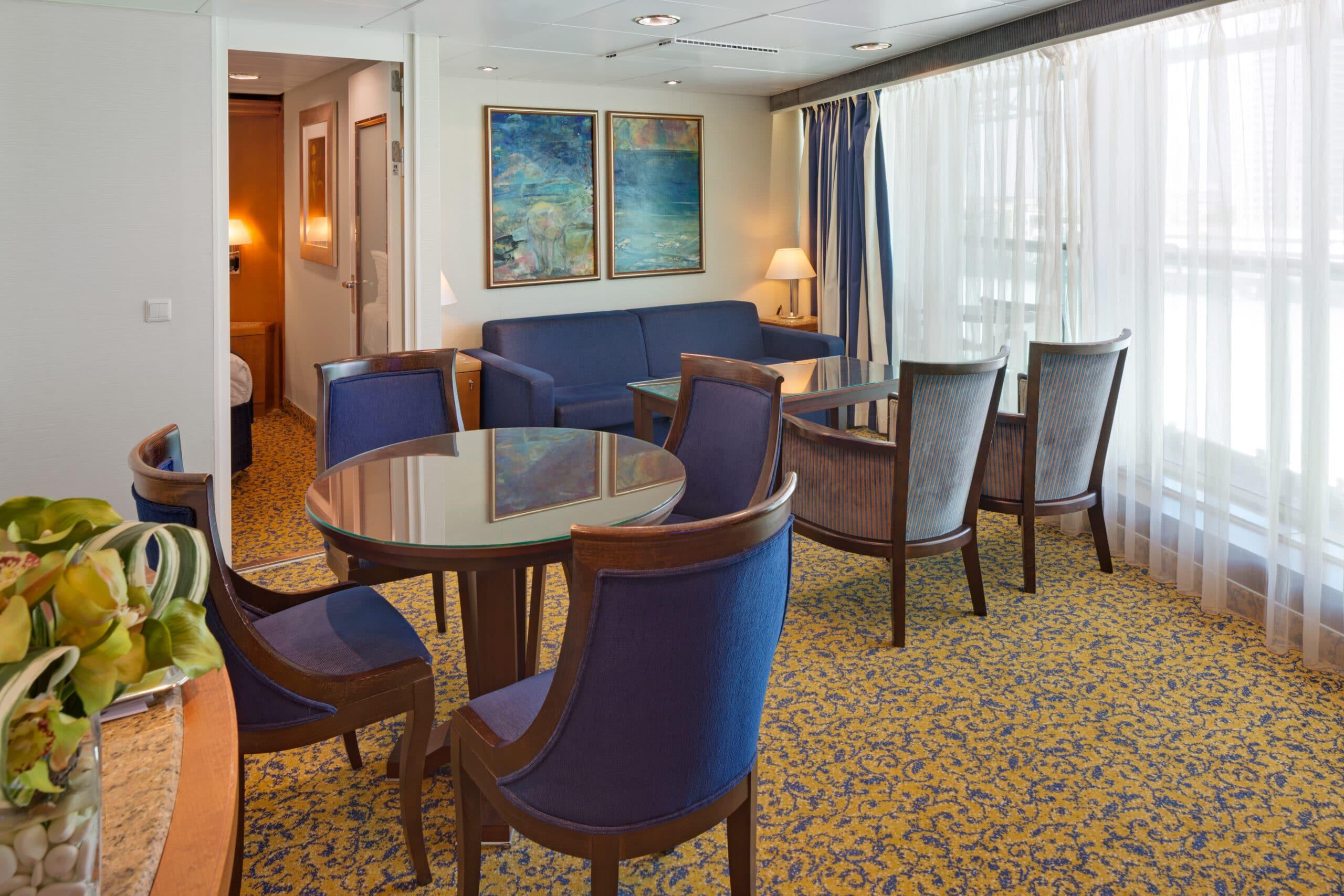 Royal-Caribbean-International-Brilliance-of-the-Seas-schip-cruiseschip-categorie-GT-Grand-Suite-two-bedroom