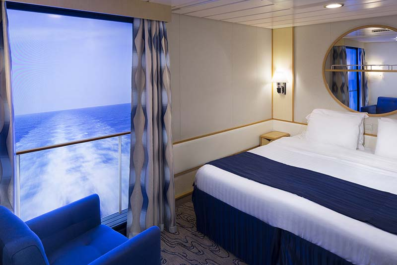 Royal-Caribbean-International-Navigator-of-the-Seas-Voyager-of-the Seas-schip-cruiseschip-categorie 4U-binnenhut-virtual balkon