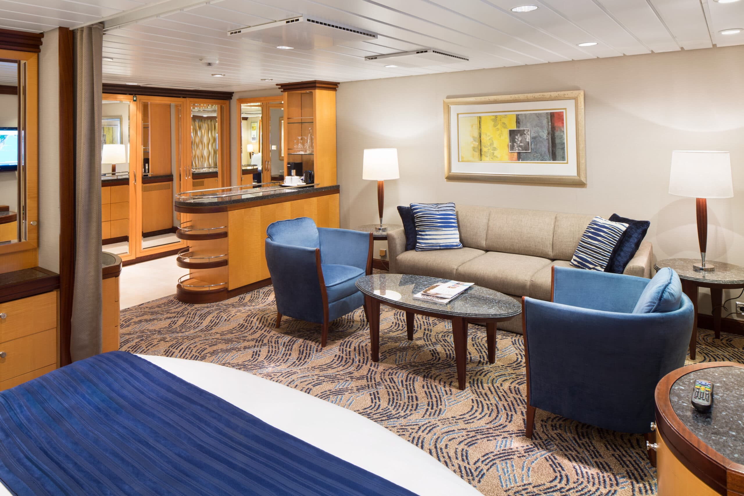 Royal-Caribbean-International-Navigatorof-the-Seas-Voyager-of-the-Seas-schip-cruiseschip-categorie-GT-Grand-Suite-2bedroom