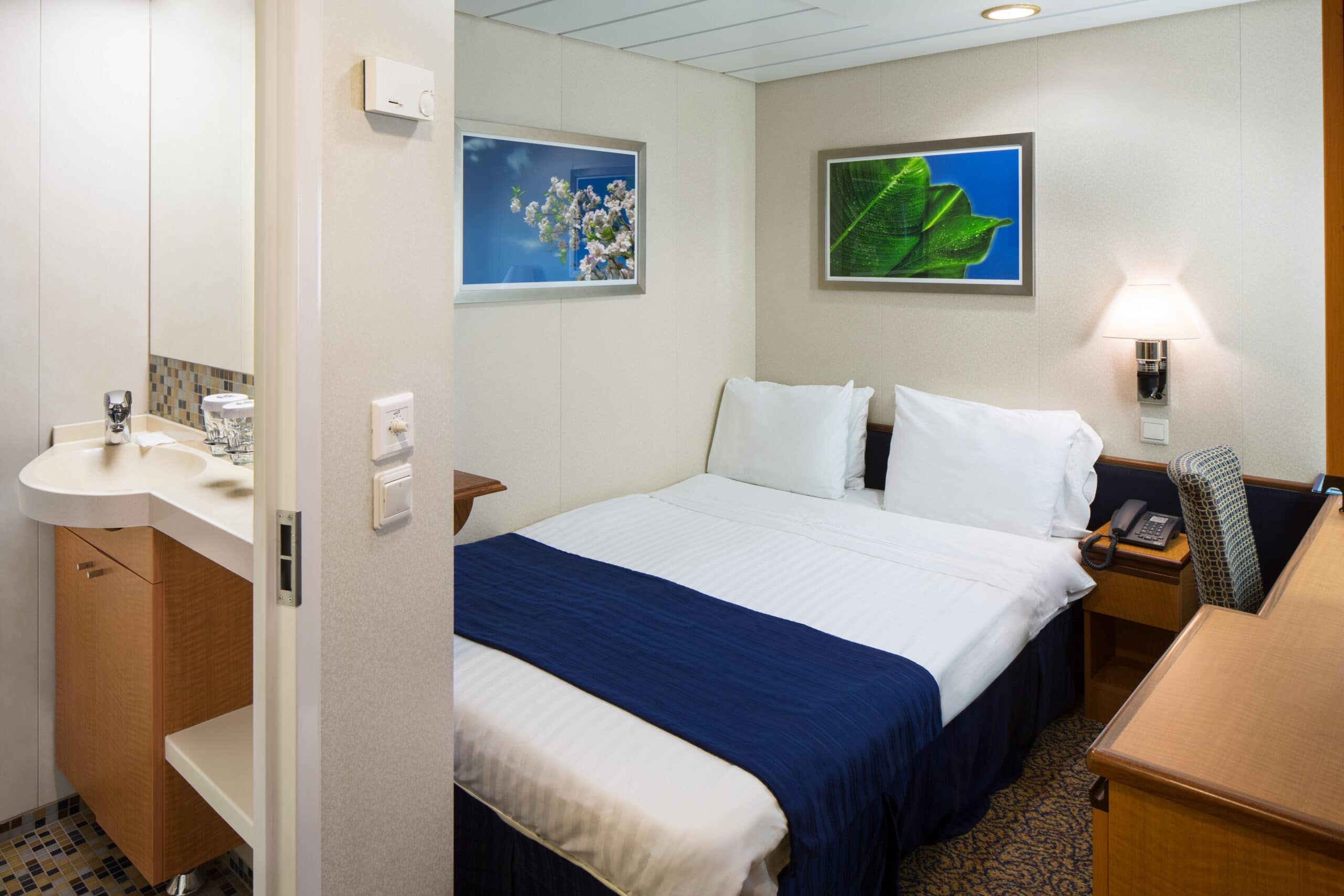 Royal-Caribbean-International-Radiance-of-the-Seas-schip-cruiseschip-categorie-2W-Studio-binnenhut