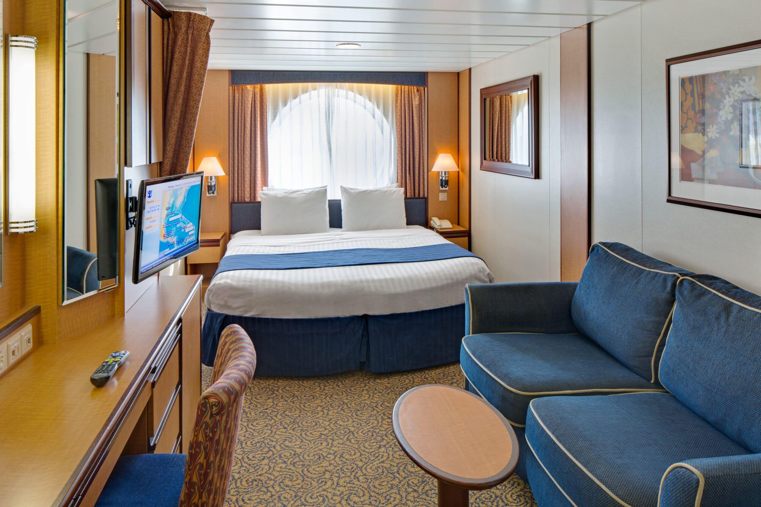 Royal-Caribbean-International-Serenade-of-the-Seas-schip-cruiseschip-categorie-1N-2N-3N-8N-buitenhut