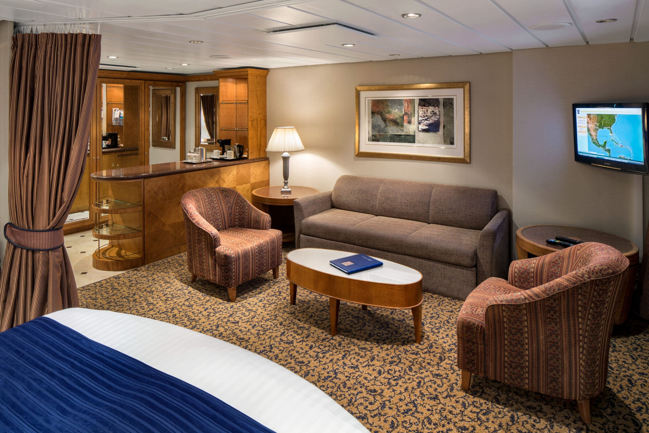 Royal-Caribbean-International-Serenade-of-the-Seas-schip-cruiseschip-categorie-GS-Grand-Suite