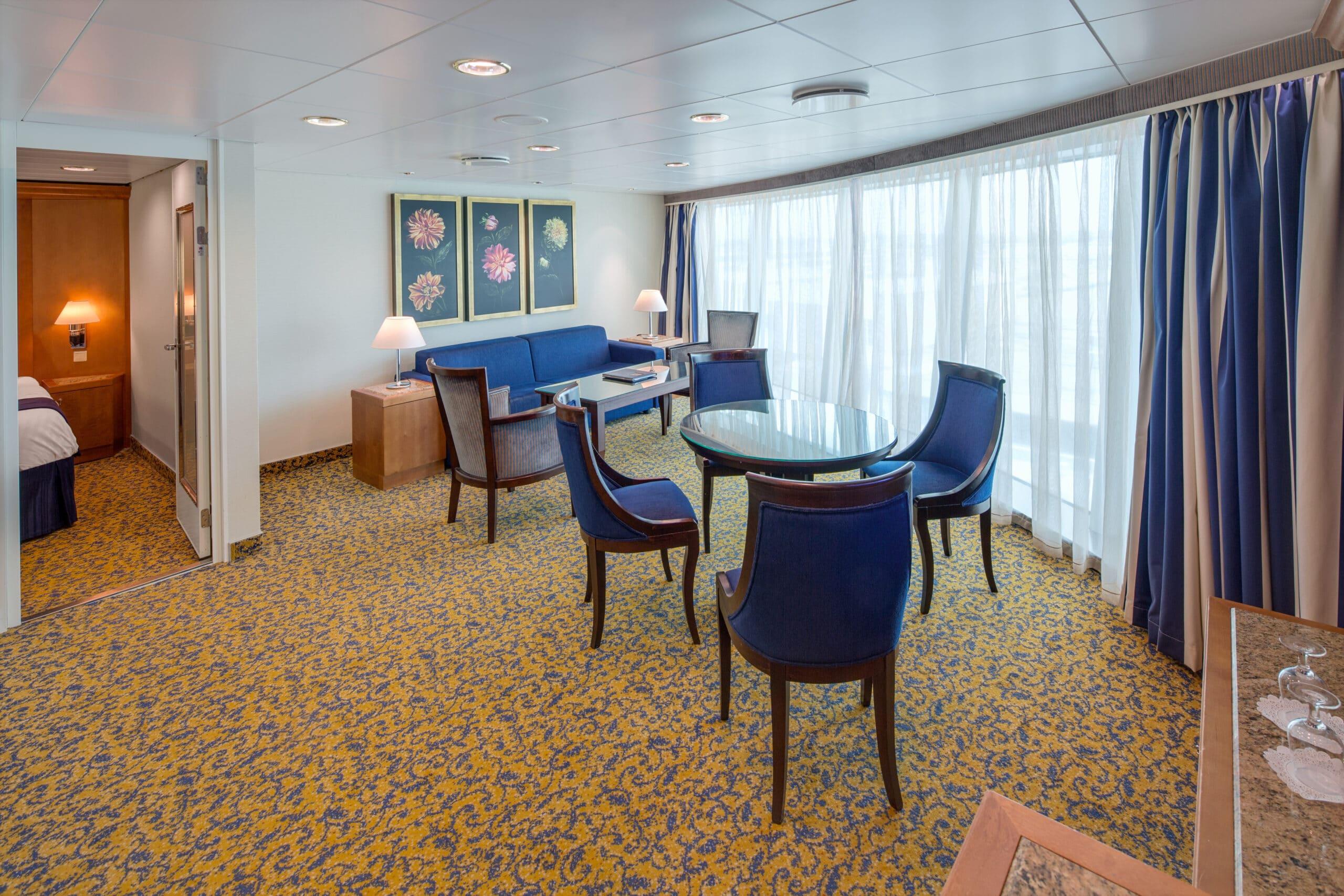 Royal-Caribbean-International-Serenade-of-the-Seas-schip-cruiseschip-categorie-VT-Ocean-Suite-2-bedroom