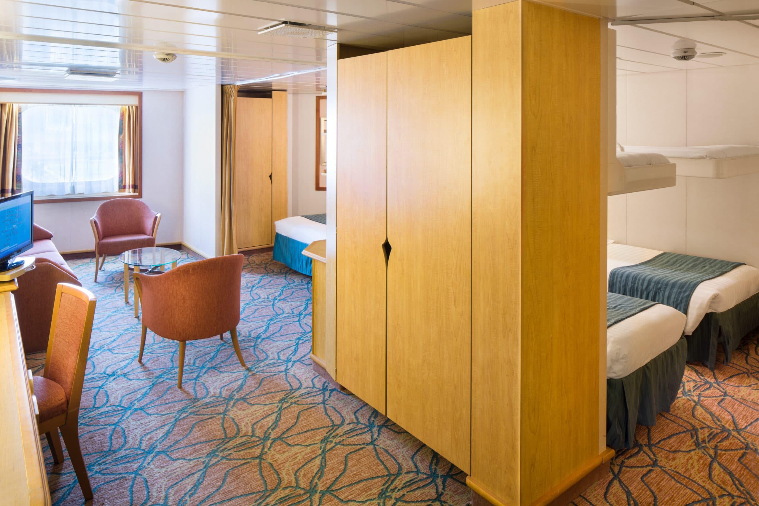 Royal-Caribbean-International-Vision-of-the-Seas-schip-cruiseschip-categorie-1K-ultra-grote-buitenhut