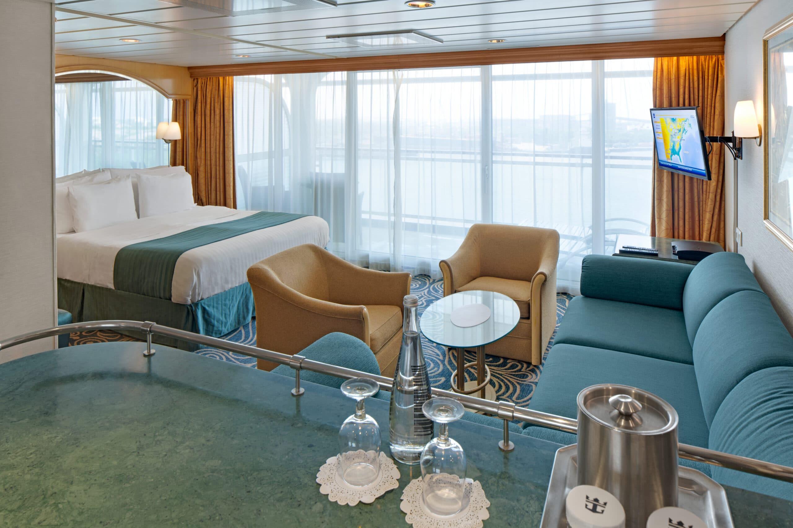 Royal-Caribbean-International-Vision-of-the-Seas-schip-cruiseschip-categorie-GS-Grand-Suite