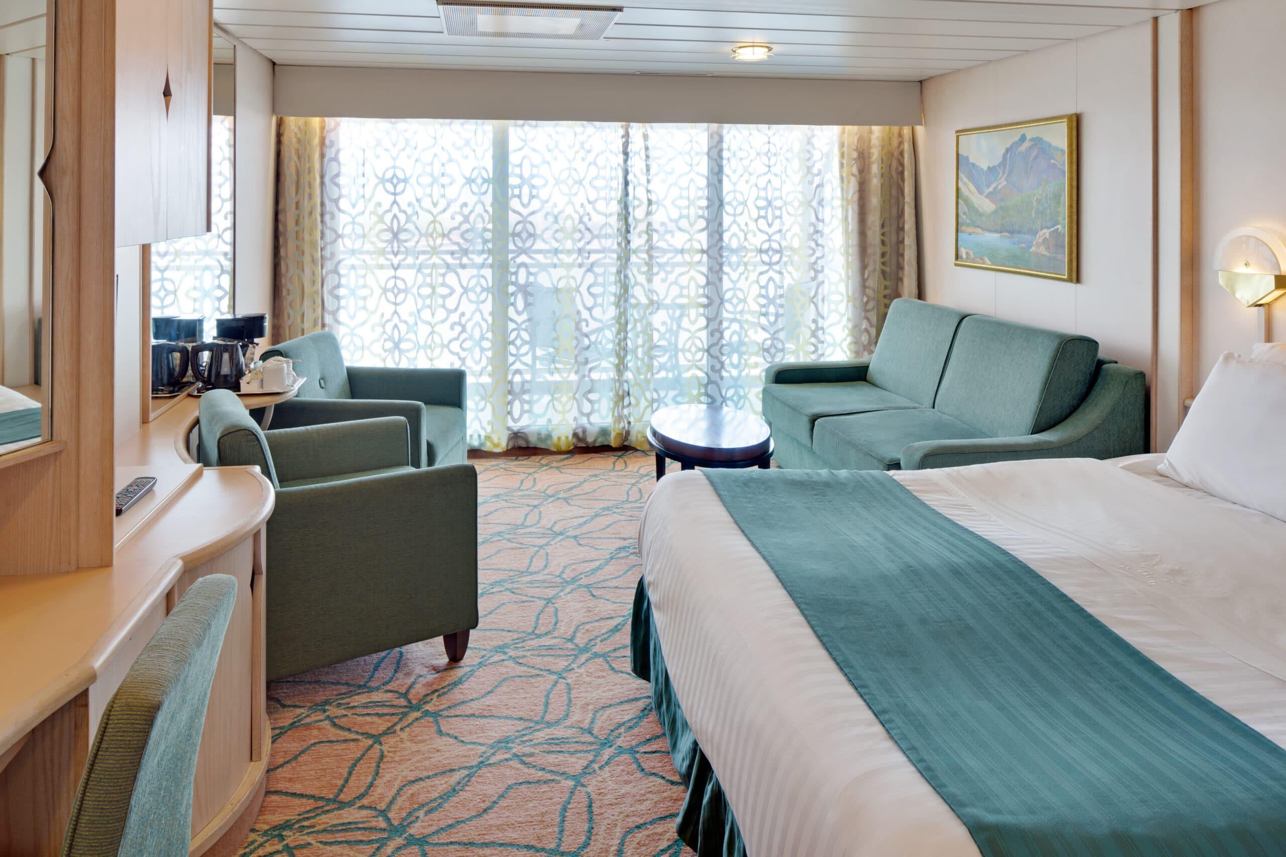 Royal-Caribbean-International-Vision-of-the-Seas-schip-cruiseschip-categorie-J3-J4-junior-suite