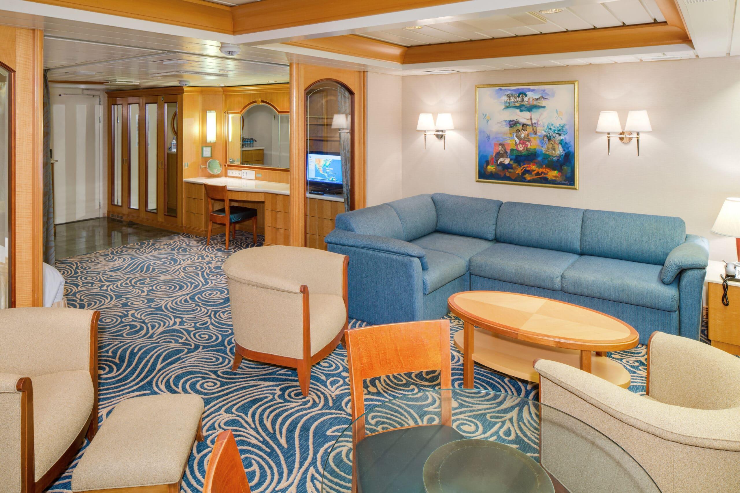 Royal-Caribbean-International-Vision-of-the-Seas-schip-cruiseschip-categorie-OS-Owner-Suite