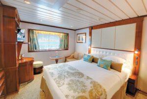 Paul-Gauguin-Cruises-ms-paul gauguin-schip-cruiseschip-categorie E- buitenhut