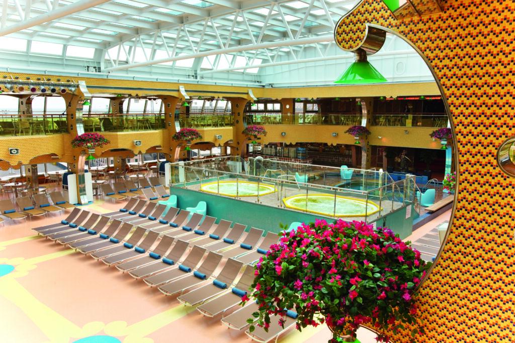 Cruiseschip-Costa Pacifica-Costa Cruises-Zwembad