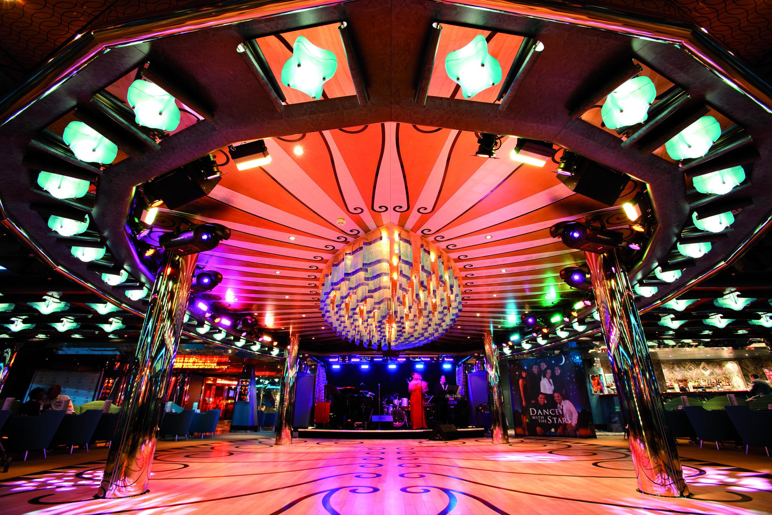 Cruiseschip-Costa Deliziosa-Costa Cruises-Dancing Bar