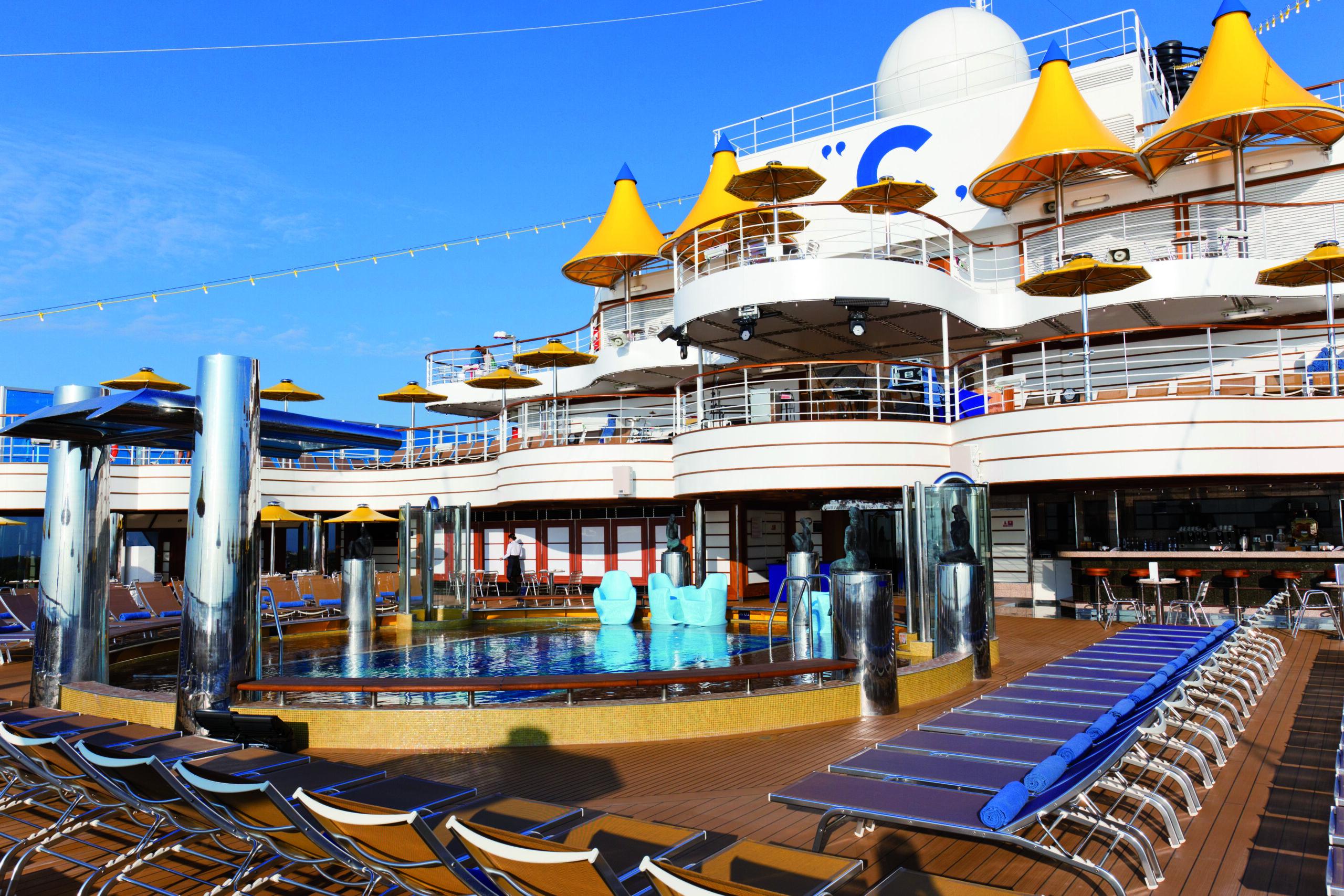 Cruiseschip-Costa Favolosa-Costa Cruises-Zwembad