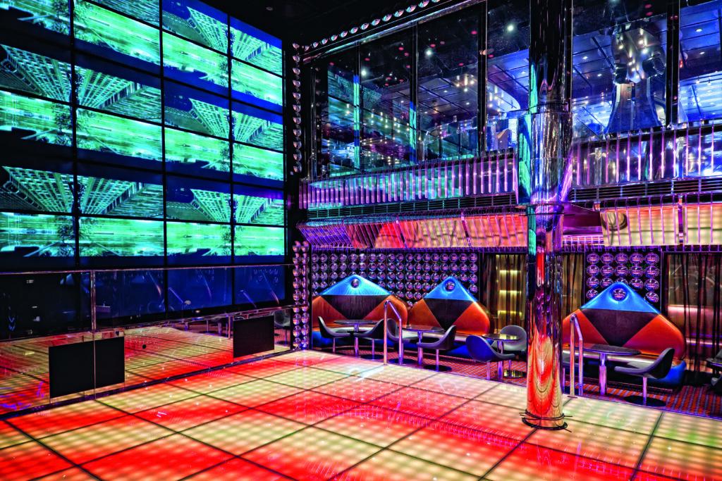Cruiseschip-Costa Fascinosa-Costa Cruises-Disco