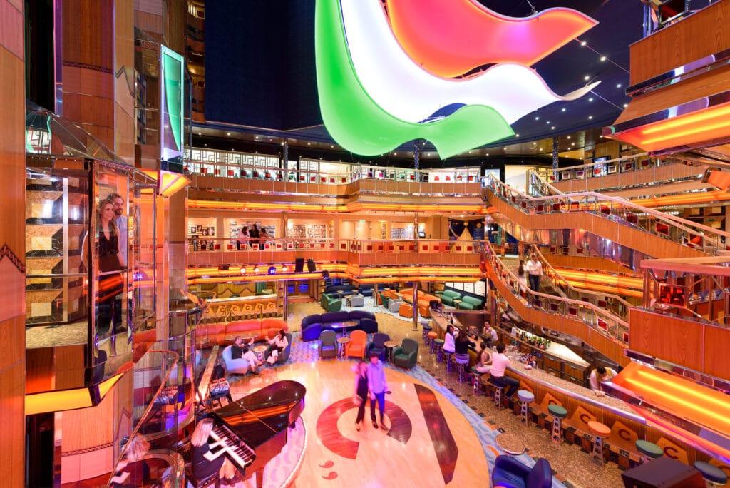 Cruiseschip-Costa Fortuna-Costa Cruises-Atrium