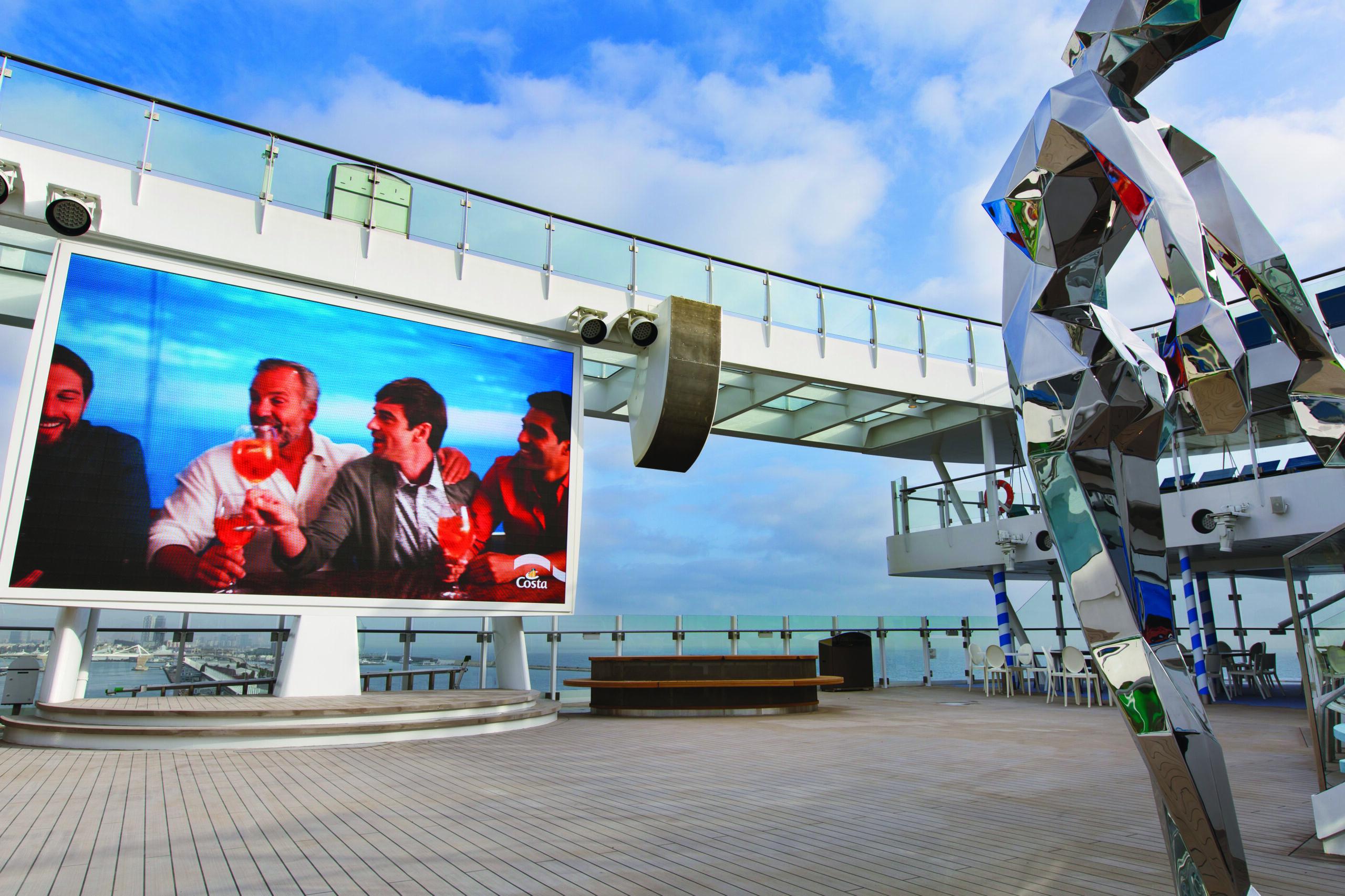 Cruiseschip-Costa Smeralda-Costa Cruises-Movie