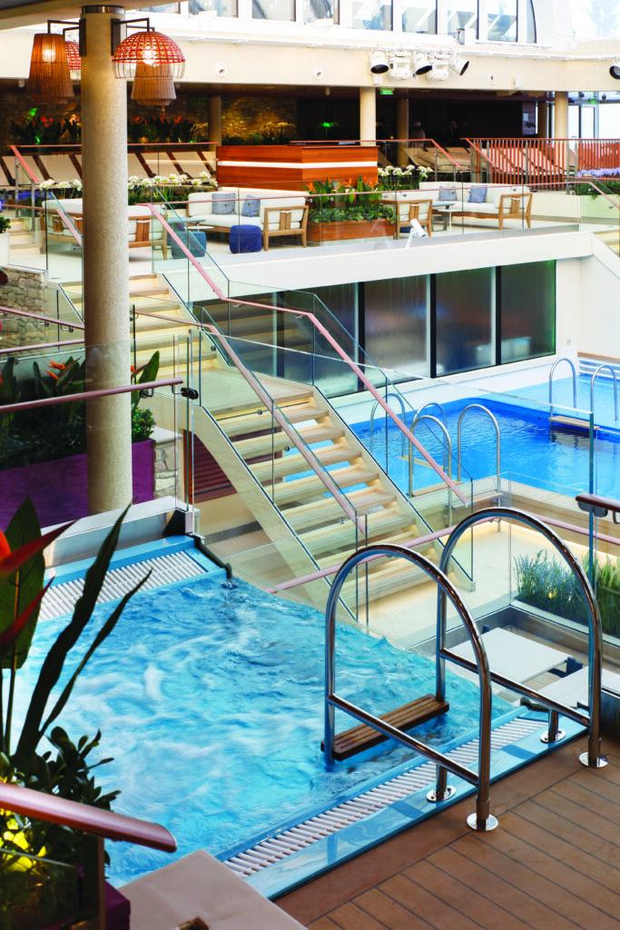 Cruiseschip-Costa Toscana-Costa Cruises-Zwembad
