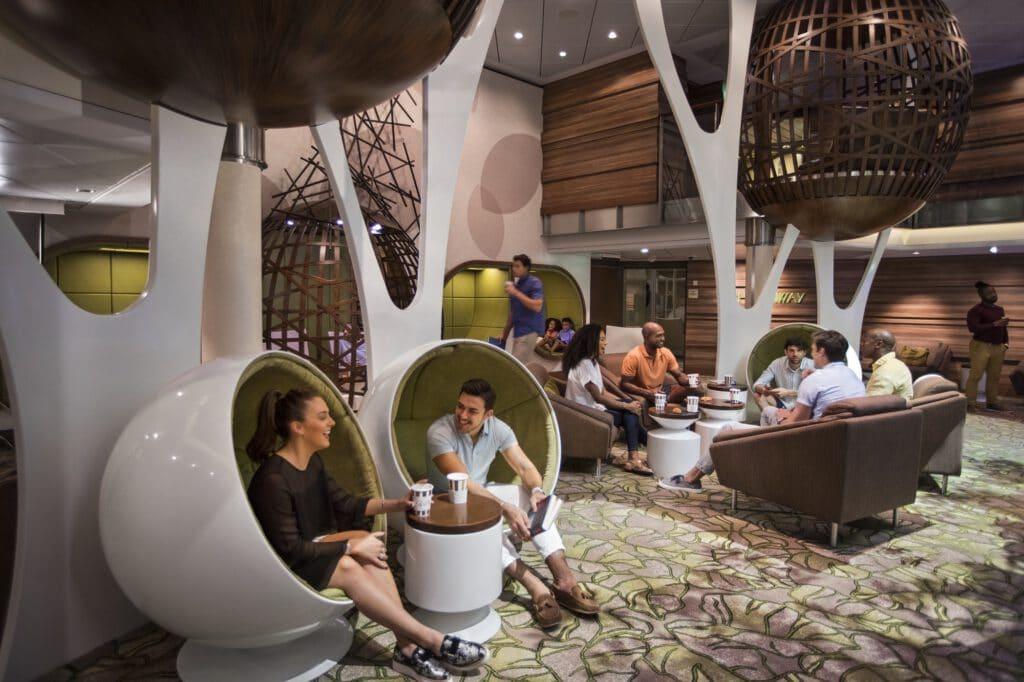 Cruiseschip-Celebrity Equinox-Celebrity Cruises-The Hideaway Lounge