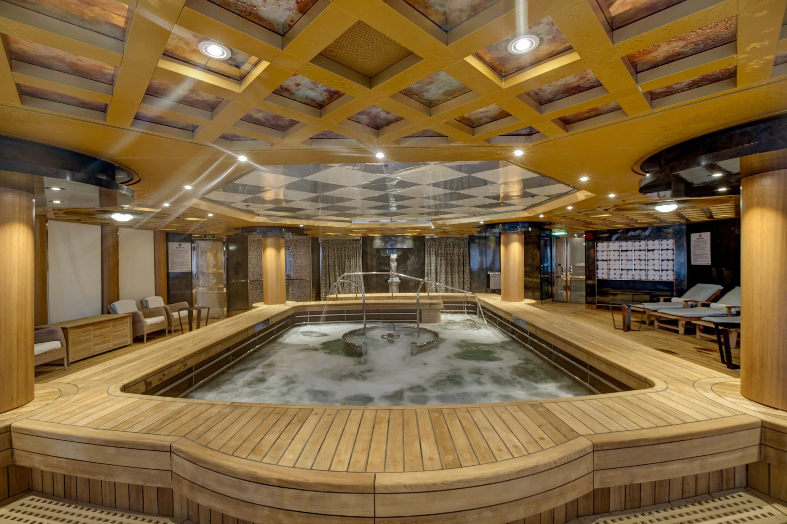 cruiseschip-Holland America Line - Noordam - Hydropool
