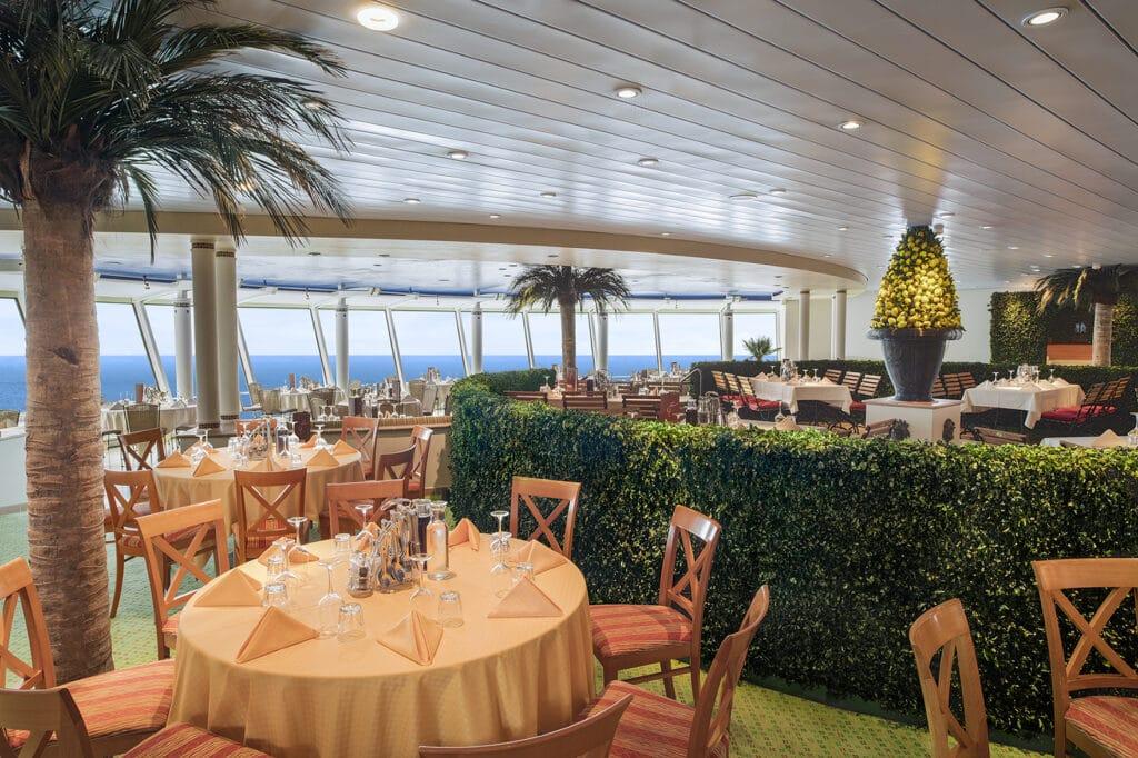 Cruiseschip-AIDAaura-AIDA-Markt-Restaurant