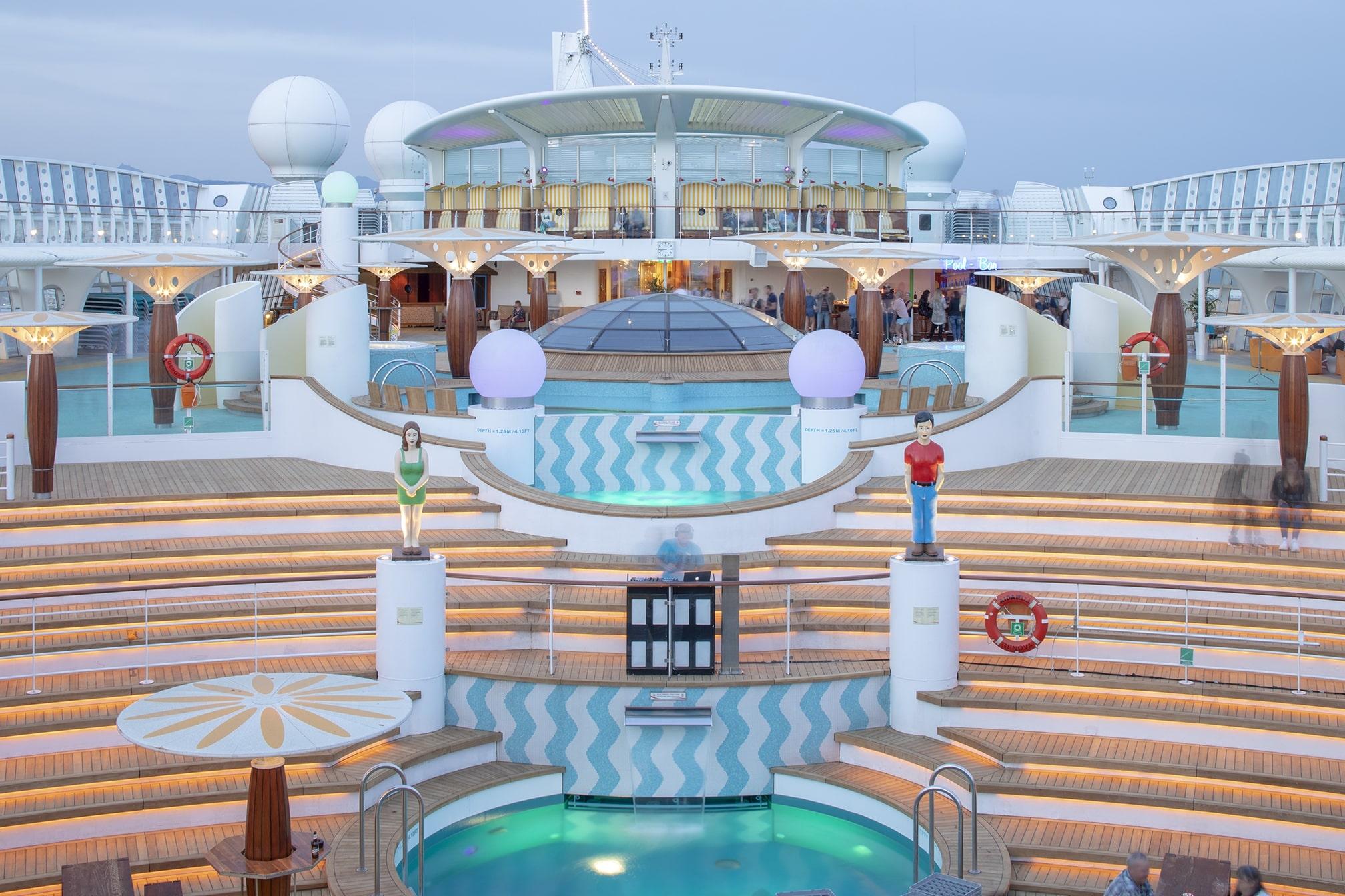Cruiseschip-AIDAluna-AIDA-Zondeck