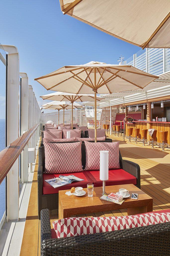 Cruiseschip-AIDAnova-AIDA-Pool Bar