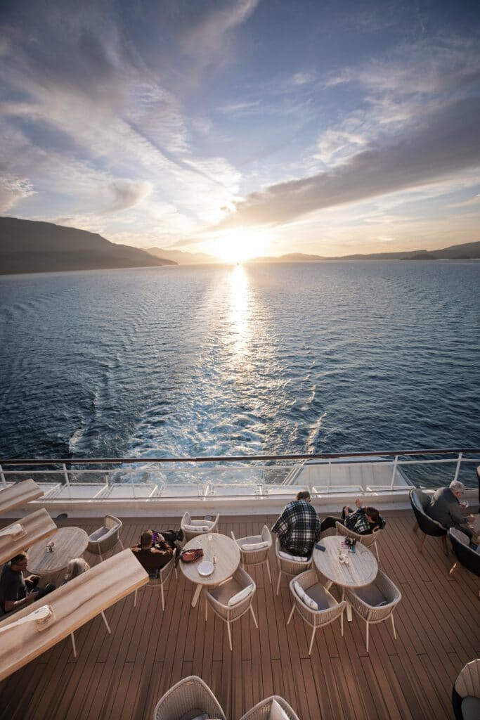 Cruiseschip-Celebrity Millennium-Celebrity Cruises-Sunset Bar