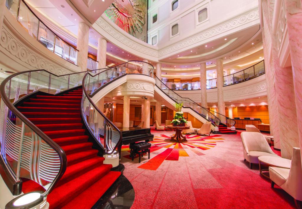 Cruiseschip-Queen Mary 2-Cunard-Atrium
