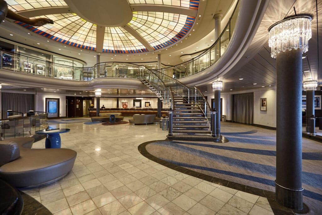 Cruiseschip-Crystal Symphony-Crystal Cruises-Atrium