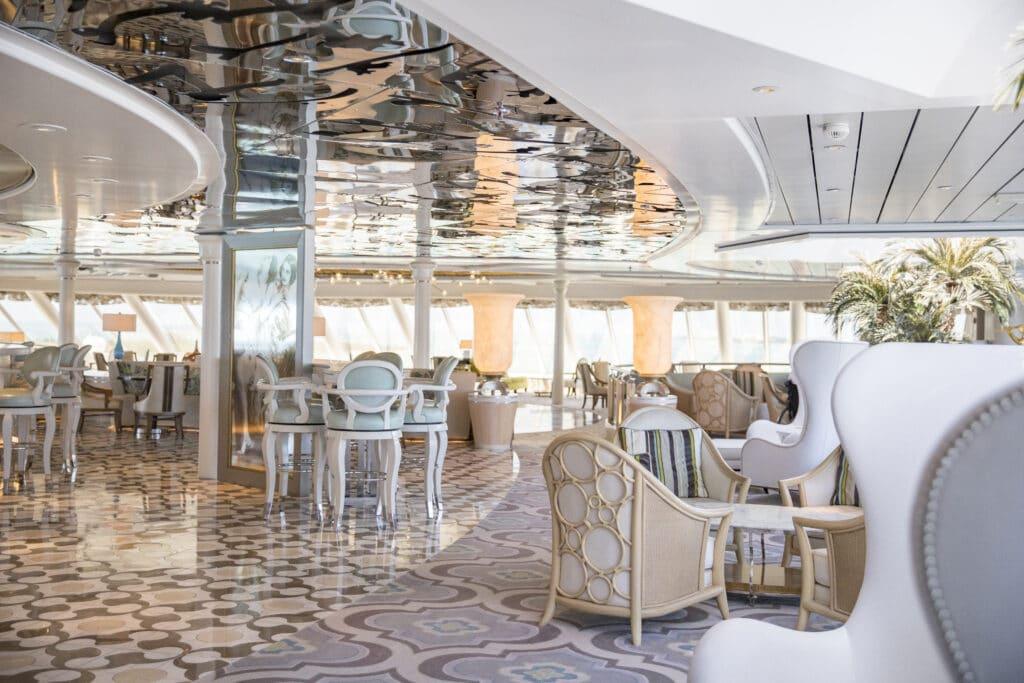 Cruiseschip-Crystal Symphony-Crystal Cruises-PalmCourt