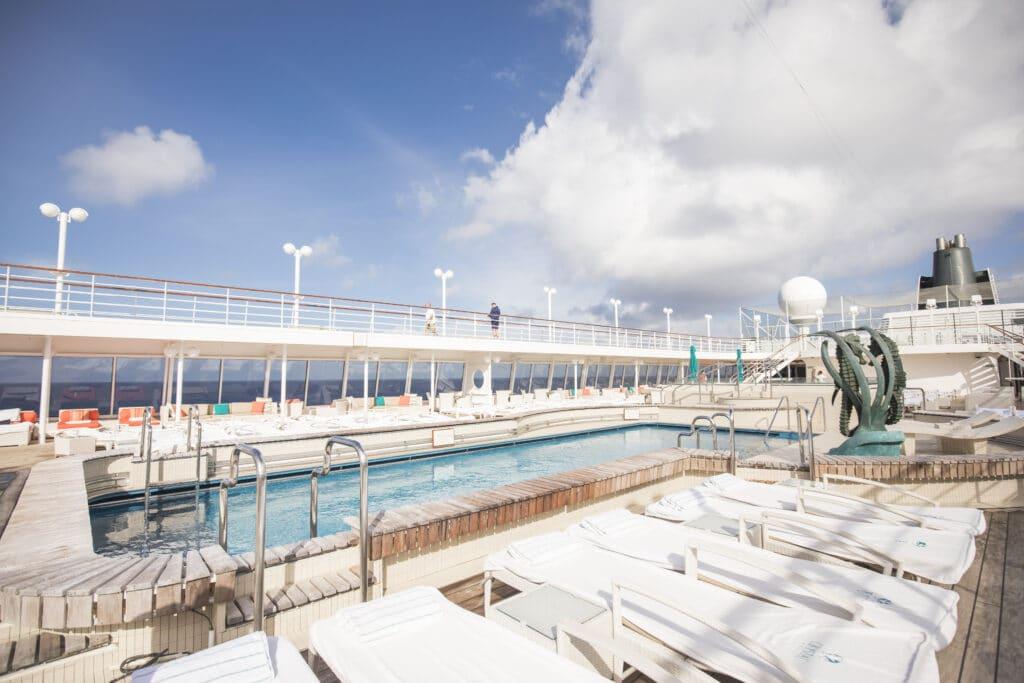 Cruiseschip-Crystal Symphony-Crystal Cruises-Pool