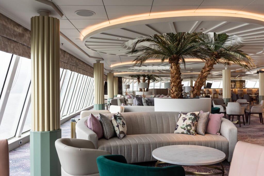 Cruiseschip-Crystal Serenity-Crystal Cruises--PalmCourt