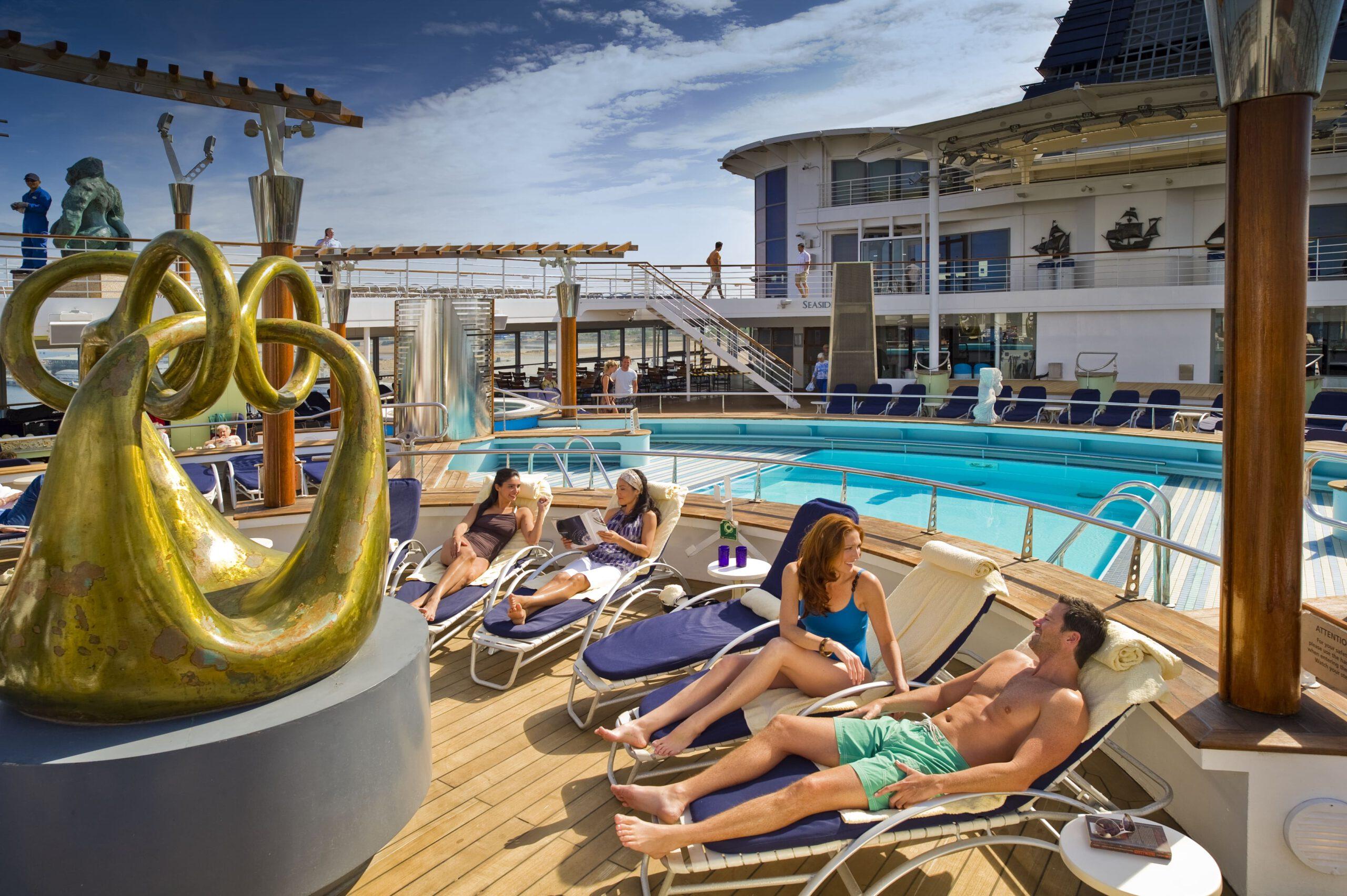 Cruiseschip-Celebrity Constellation-Celebrity Cruises-Zwembad Deck