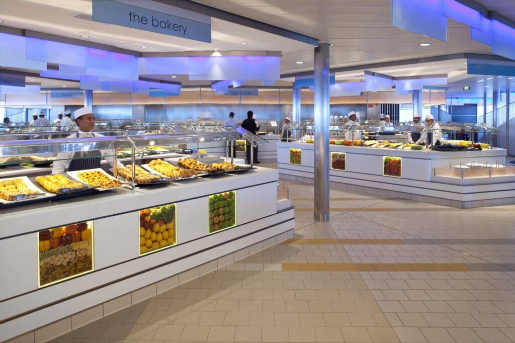 Cruiseschip-Celebrity Eclipse-Celebrity Cruises-Buffet Restaurant Oceanview Cafe