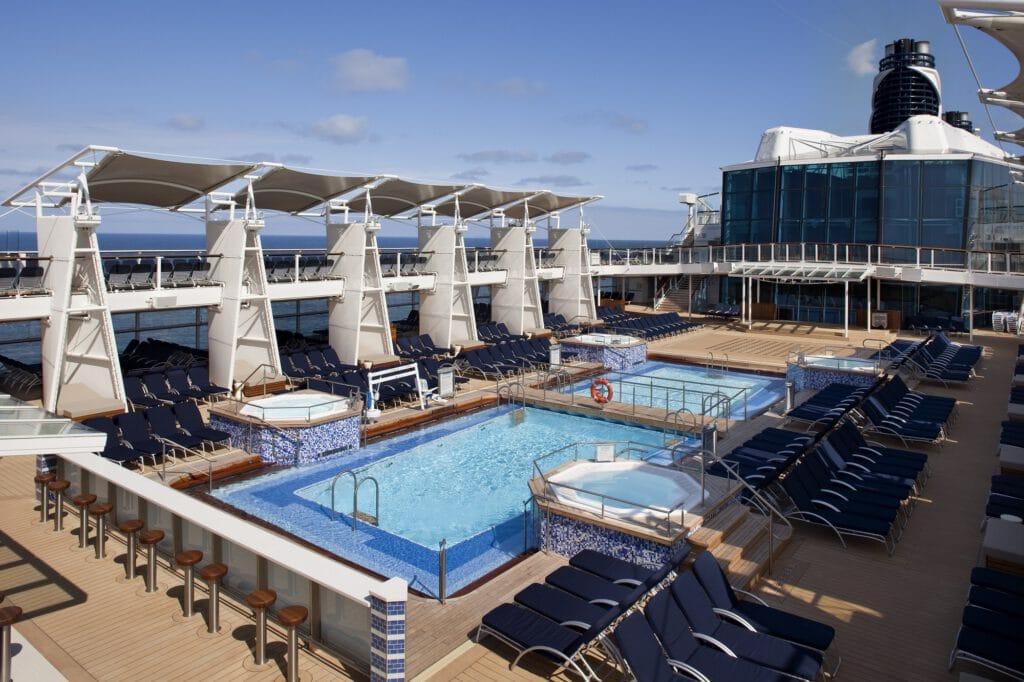 Cruiseschip-Celebrity Eclipse-Celebrity Cruises-Zwembad