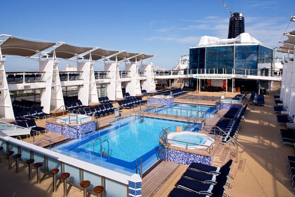 Cruiseschip-Celebrity Solstice-Celebrity Cruises-Zwembad