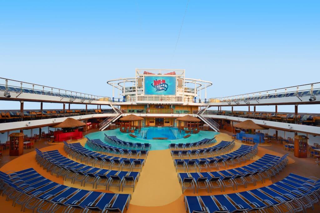 Cruiseschip-Carnival Vista-Carnival-Pool