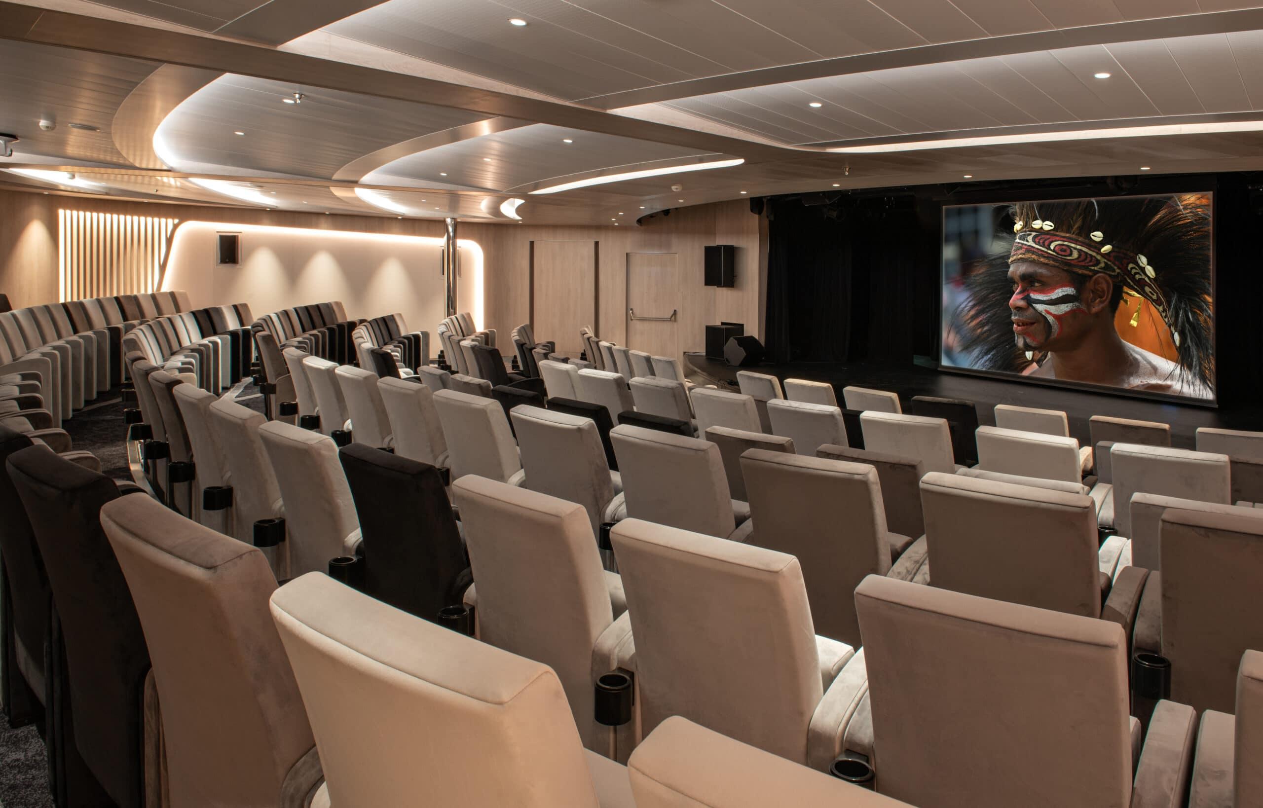 Cruiseschip-Le Bougainville-Ponant Yacht Cruises-Theater